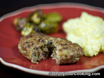 Minced Cutlets Stuffed with Mushrooms